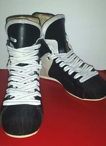 CCM Hockey Boots Model 155 Size 5
