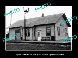 OLD 8x6 HISTORIC PHOTO OF COLGATE NORTH DAKOTA RAILROAD DEPOT STATION c1960