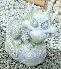 Deko-Figuren Gartendrache auf Stein grau Polyresin 36*20*32 cm H.