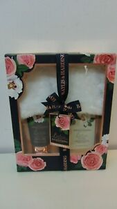 Baylis & Harding Boudoire Rose Foot Soak Lotion & Slippers Gift Set For Her