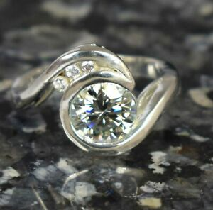 4.52 Ct White Diamond Solitaire Halo Designer Ring Ideal New Year's Gift