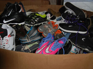 lot of mens athletic shoes