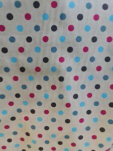 1 x Fat Qtr Metallic Snowball Spot 100/% Cotton Makower Fabric Sewing//Quilting