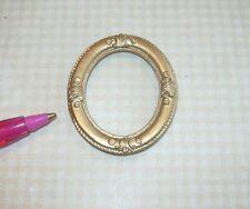 Miniature Elegant Small Oval Gold Frame #10: DOLLHOUSE Miniatures 1:12 Scale