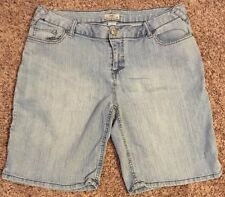 Juniors Size 17 Light Wash Jeans Shorts. SO Brand.