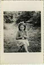 PHOTO ANCIENNE - VINTAGE SNAPSHOT -ENFANT LOISIRS TRICOT COUTURE -CHILD KNITTING