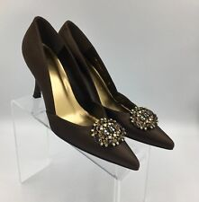 Stuart Weitzman Women's Brown Brooch Silk Formal Evening Pumps 7M Leather Sole