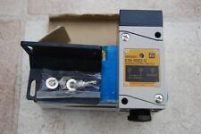 OMRON PHOTOELECTRIC SWITCH E3N  R5E2-G  31X3U 12-24VDC #K400