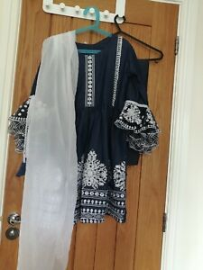 Girls asian clothes