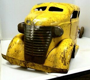 Turner Cab and Chassis Truck For Restoration or Custom Build - Solid No Dents
