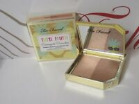 TOO FACED TUTTI FRUTTI PINEAPPLE PARADISE STROBING BRONZER DUO PINEAPPLE SUN .28