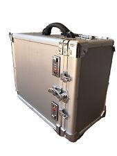 Aluminum Jewelry Storage Case w/ Handles Wheel Locks w/ 12 Trays & Inserts