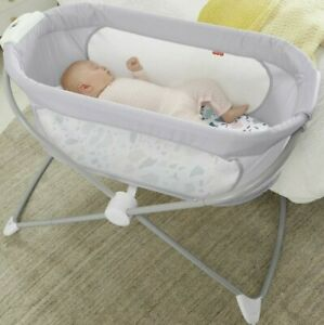 NEW Fisher Price Soothing View Bassinet Baby Crib
