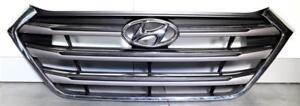 Grill Kühlergrill Chrom Kühlerverkleidung Original Hyundai Tucson 2015- Neu