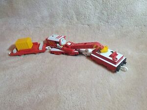 TOMY Trackmaster Thomas And Friends Rocky The Red Crane B39