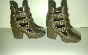 NEW  Fashionista Barbie doll DARK BROWN ankle BUCKLE boots W/ PLATFORM HEELS