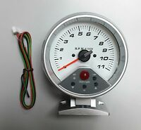 95 mm  0-11000 RPM 7 colors LED Backlight Auto Tachometer with shift-light