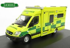 BNIB OO GAUGE OXFORD DIECAST 1:76 76MA006 MERCEDES AMBULANCE EAST MIDLANDS
