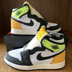 Nike Air Jordan 1 Retro High Volt Gold GS Size 5.5Y (575441-118) NEW