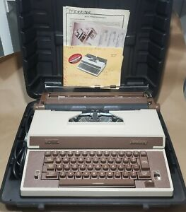 Vintage 1980s Royal Academy Portable Electric Typewriter With Case