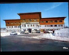LES ROUSSES (39) CITROEN DS , AMI 8 , PEUGEOT 504 , 304 à l'HOTEL DES NEIGES