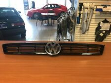 2011-2014 VOLKS WAGEN JETTA OEM FRONT GRILLE W/EMBLEM #5C6-853-651-A-ZLL USED