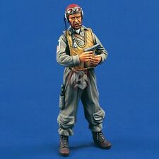 Verlinden 120mm (1/16) US Navy Pilot holding a Pistol in Pacific War WWII 1568