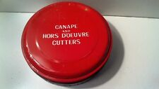 """VINTAGE TIN OF 10 CANAPE AND HORS D'OEUVRE CUTTERS - TIN 4 1/2"""" DIAMETER"""