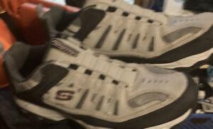 mens skechers slip on shoes size 11