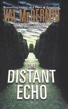 Distant Echo: By McDermid, Val