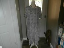 Papaya Blue/Grey and Cream Patterned Dress Size 18