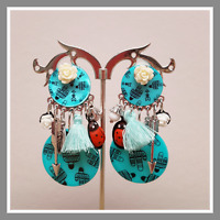 Boucles d'oreilles Lol Bijoux Lolilota bleu fleur coccinelle pompon perle mode
