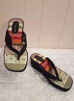 Kenneth Cole Reaction Black Playful Wedge Sandals Heels Size 7 EUC