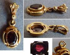 Petit pendentif en OR massif et grenat Bijou ancien gold pendant
