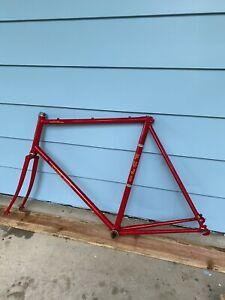 Nice Red Lugged 60cm Fuji Club Fuji  Road Bike Frame & Forks Valite