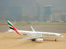 "Emirates Airbus A330-200 (A6-EKU) ""Dubai Summer Surprise Logo"", 1:400"