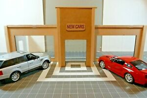 1/18 SCALE DIORAMA SHOWROOM w/TALL FRONT ENTRY DOOR OPENING DOORS UNFINISHED