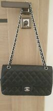 Turnlock classic quilted east west flap CC leather shoulder bag in Black