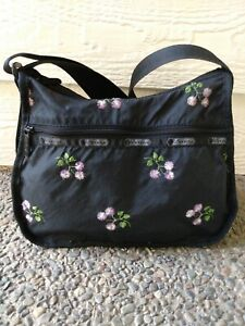 Le SportSac Bag Black Nylon With Embroidered Flowers Adjustable crossbody strap