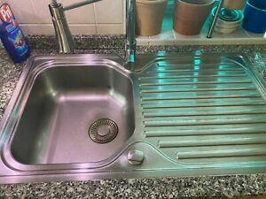 gebrauchte Küche L-Form mit Granit-Arbeitsplatte inkl E-Geräte