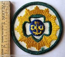 RARE Girl Scout 1960-1974 INTERNATIONAL FRIENDSHIP SENIOR INTEREST PATCH Trefoil