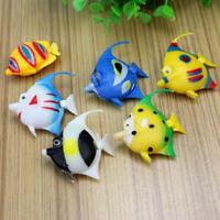 6x Plastik fisch spielzeug Lebensechte Mini schwimmen für Kinder Aquarium
