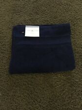 "NWT TOMMY HILFIGER SIGNATURE 30"" X 54"" BATH TOWEL MEDIEVAL BLUE NAVY"