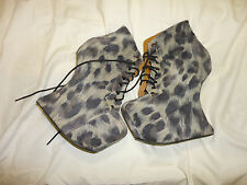 Heeless-heel suede leopard ankle boots, Jeffrey Campbell Size 7 M (mild scuff)