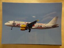 VUELING   AIRBUS A 320   EC-KDG    / collection vilain N° 739