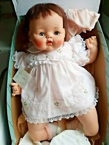 "Vintage 1961 Large 22"" Madame Alexander Kitten Baby Doll W/Wrist Tag & Box NICE!"
