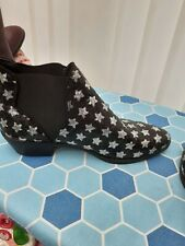 ladies black sparkly ankle boots with silver stars size 7  worn once