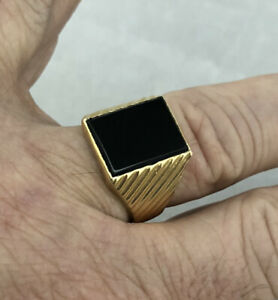 *WOW* 14K YELLOW GOLD VINTAGE 1980s MEN'S BLACK ONYX RIBBED RING