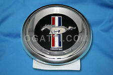 NEW OEM FAUX GAS CAP DECKLID EMBLEM FORD MUSTANG 2011-2012 BASE OR CONVERTIBLE