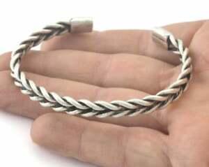 Cuff Bracelet Twisted Adjustable (61mm inner size - Adjustable ) 3165 Color Opt.